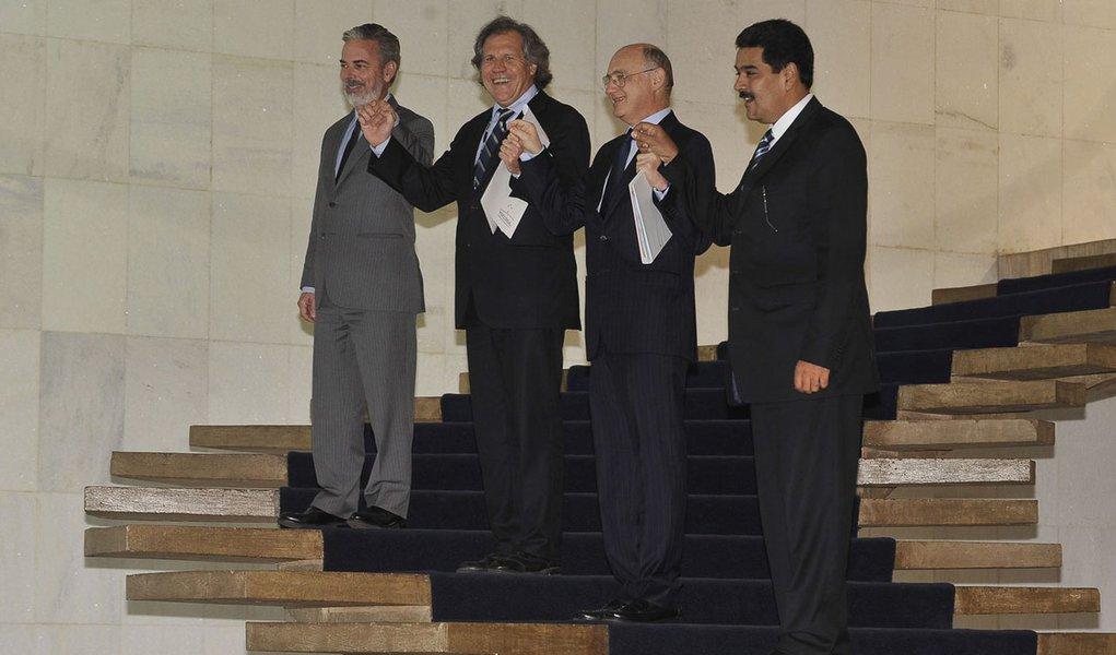 Entrada da Venezuela no Mercosul rende negócios ao Brasil