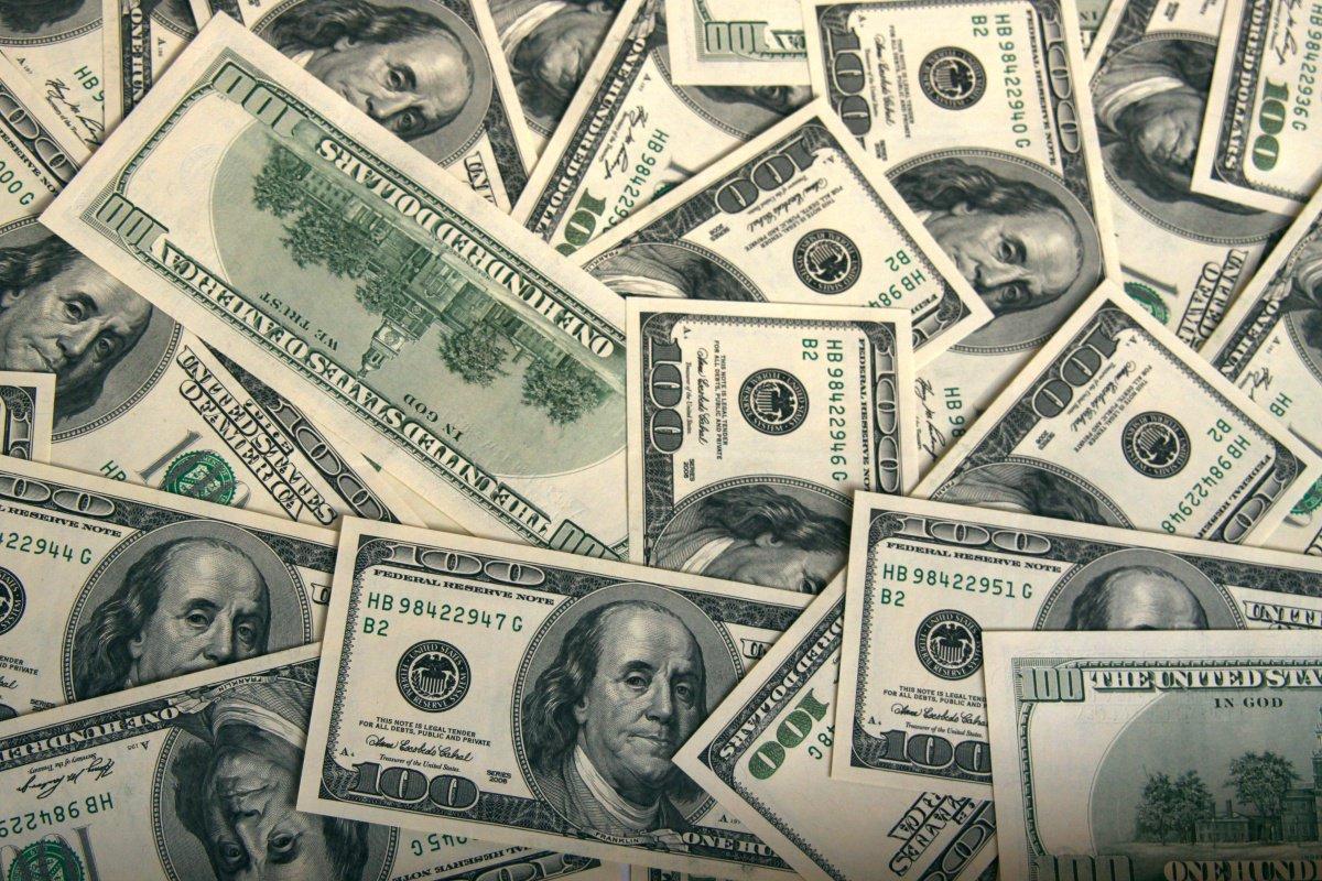Dólar fecha em R$ 3,1615, maior valor em 11 anos