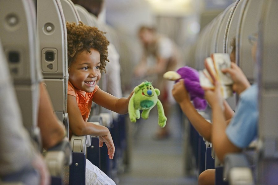 Dicas de cuidados e atrações para viajar com crianças