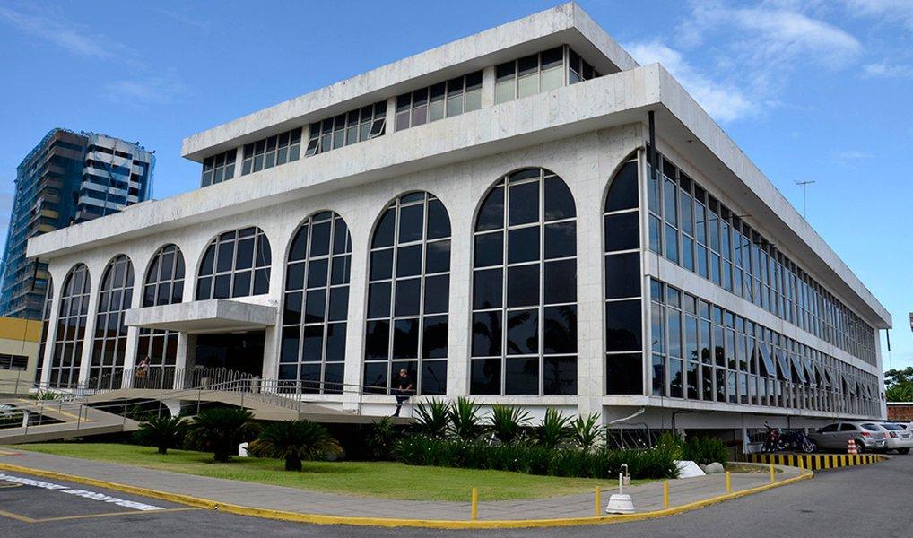 TCE bloqueia recurso de prefeitura