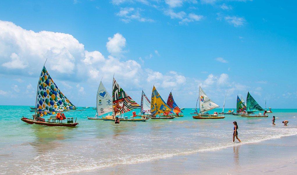 Projeto turístico leva wi-fi a jangadas em Alagoas
