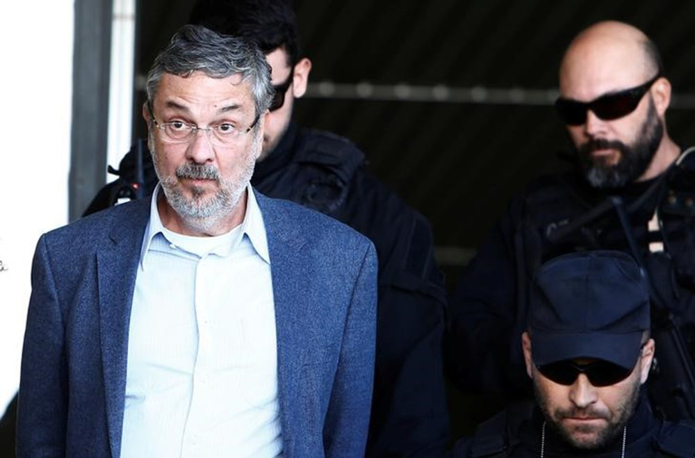 Teori nega pedido de liberdade para Palocci