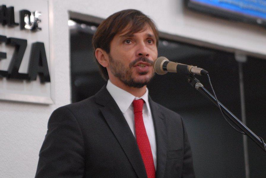 Guilherme: governo interino tem intenção de acelerar o golpe