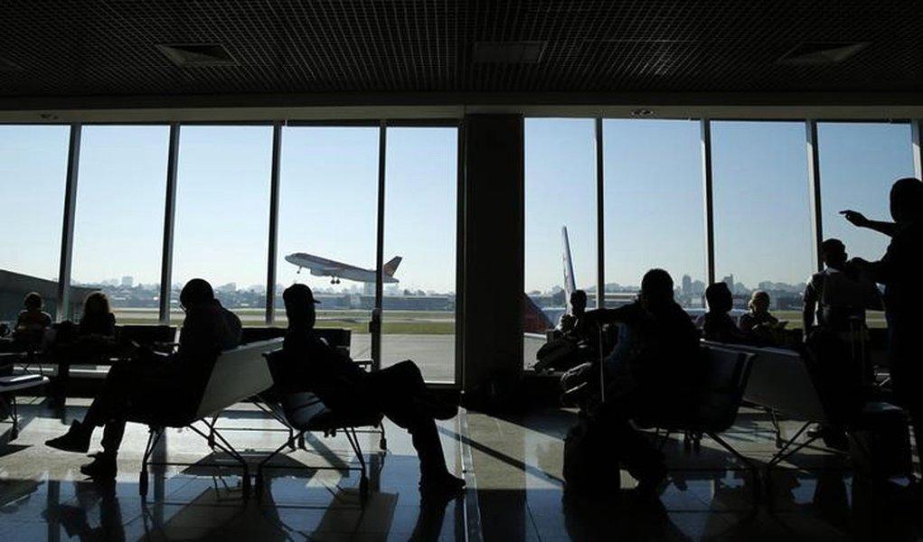 Na depressão da era Temer, brasileiros deixam de viajar de avião