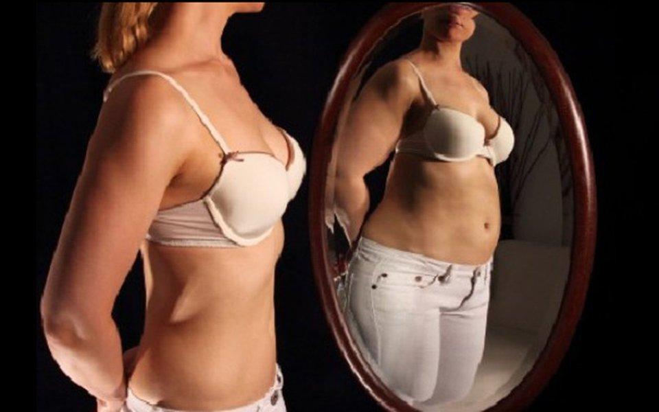 Magreza, adeus. Modelos anoréxicos são proibidos na França