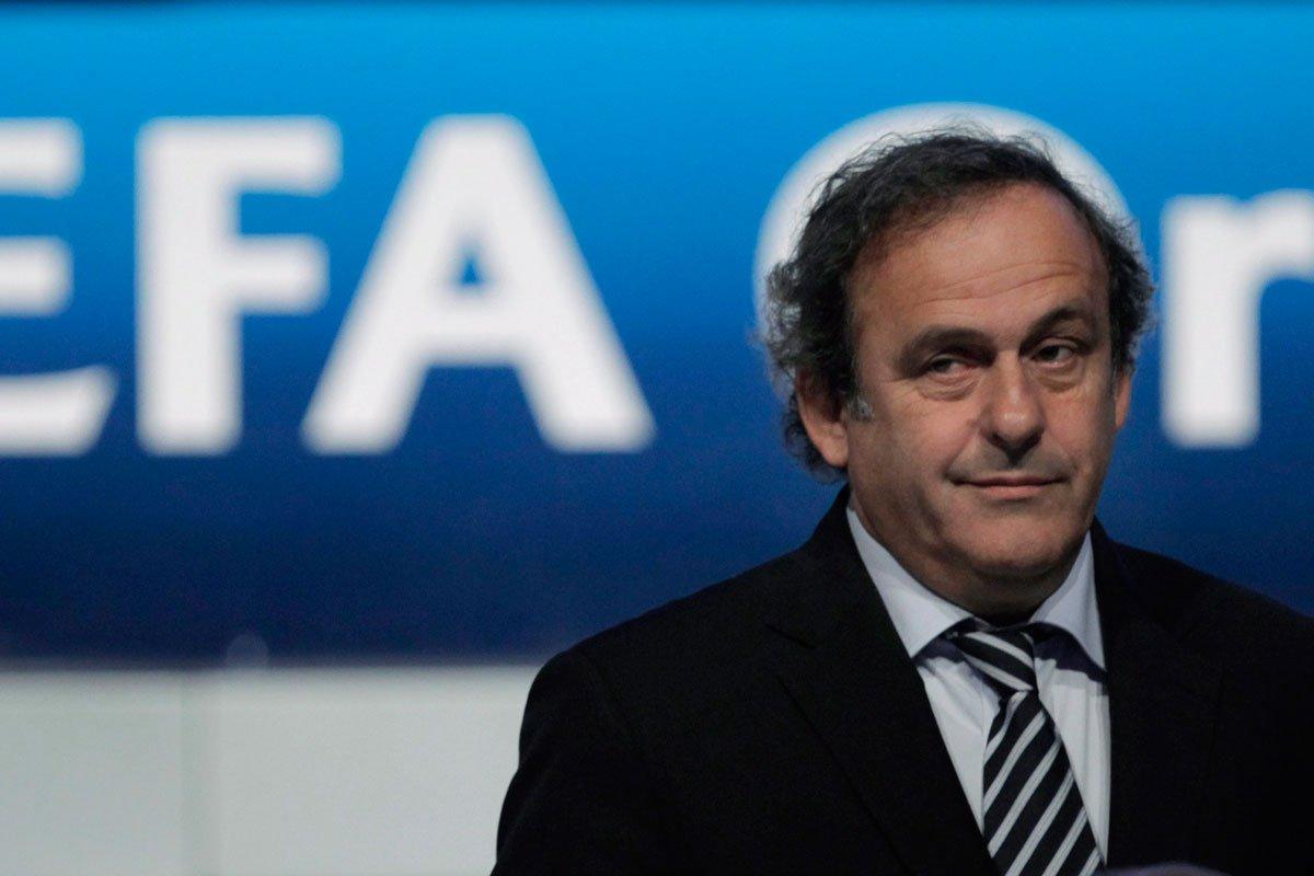 Fifa quer suspensão vitalícia de Platini, dizem advogados