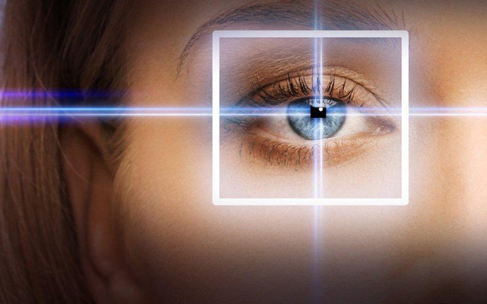 Pontos pretos no campo de visão. Quando é preciso se preocupar?