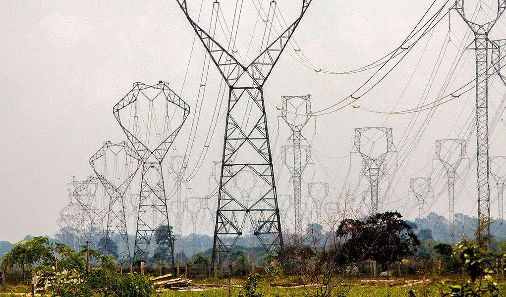 Após golpe, empresas estrangeiras compram R$ 80 bilhões em ativos do setor elétrico