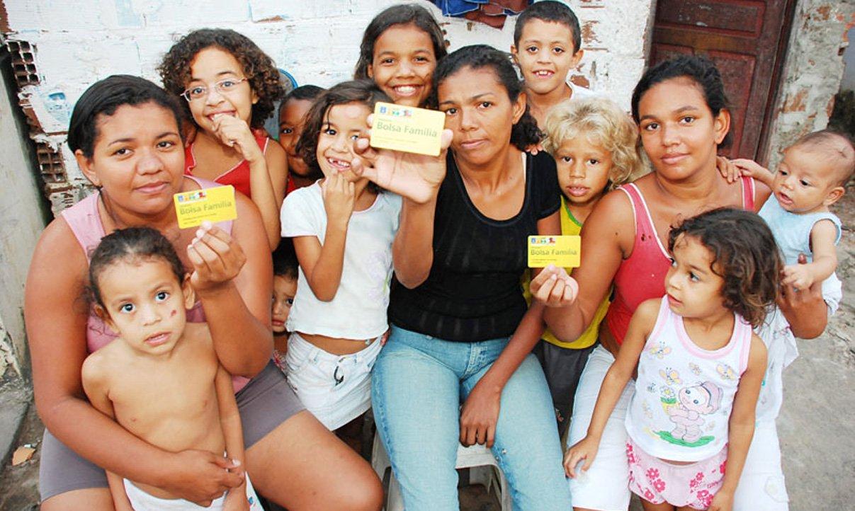Banco Mundial pede ampliação do Bolsa Família no Brasil