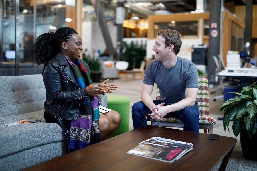 Zuckerberg parabeniza nigeriana fundadora de grupo de apoio feminino