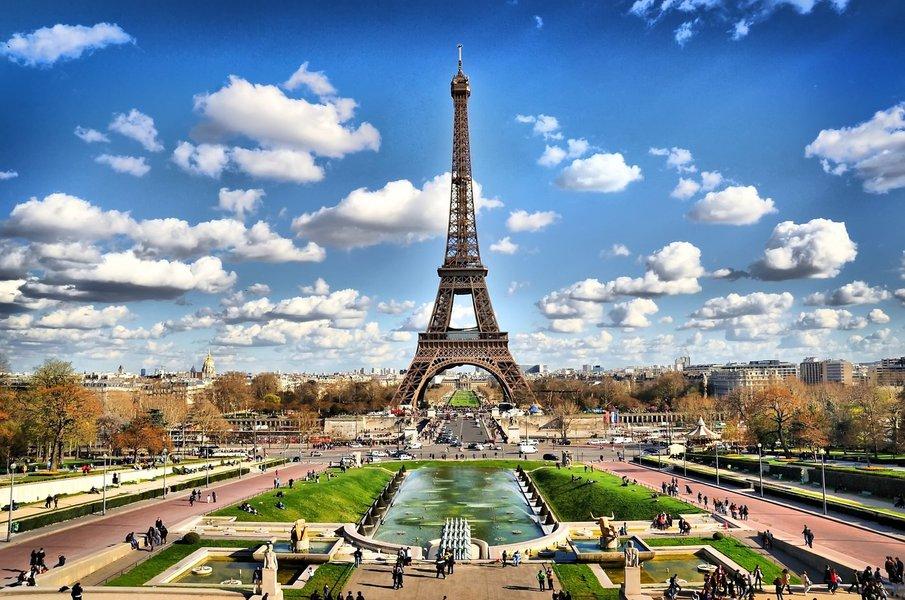 Paris é o destino internacional mais desejado por viajantes de BH