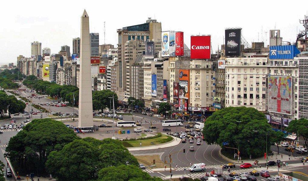 Brasileiros são os que mais viajam para Buenos Aires