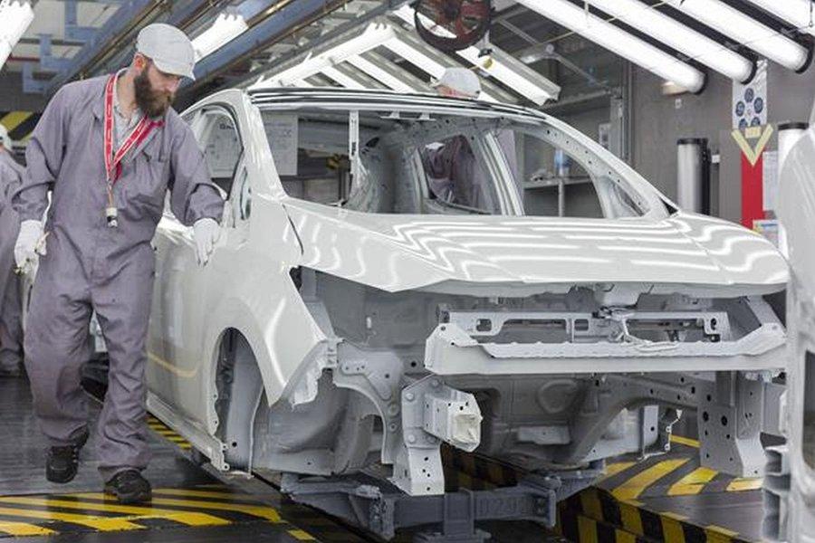 Novo Nissan LEAF começa a ser produzido na Europa