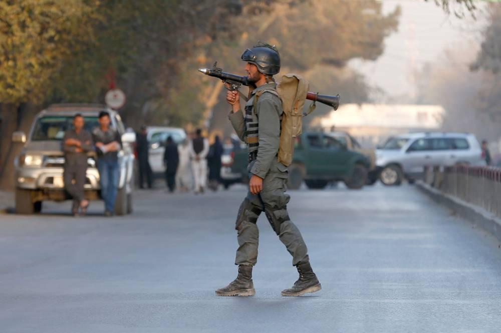 Explosão em agência de notícias deixa pelo menos 40 mortos em Cabul