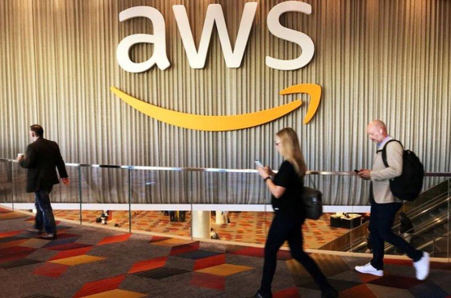 Unidade em nuvem da Amazon considera vender seus próprios equipamentos de rede