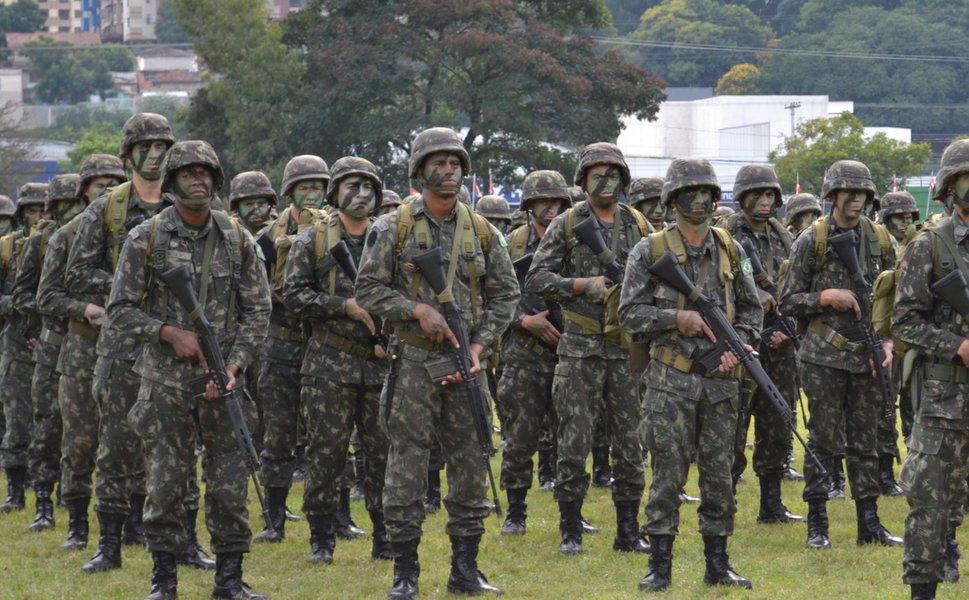 Militar pesa 16 vezes na Previdência que segurado do INSS