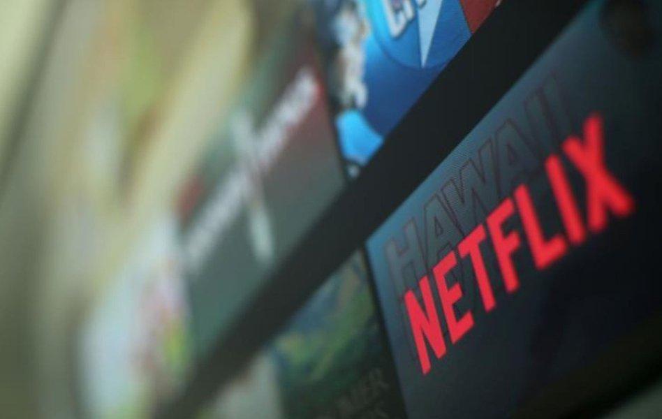 Netflix tem alta acima do esperado na base de assinantes e valor da empresa cresce para mais de US$100 bi