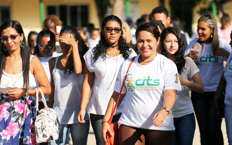 Governo do Ceará forma 1.495 novos profissionais