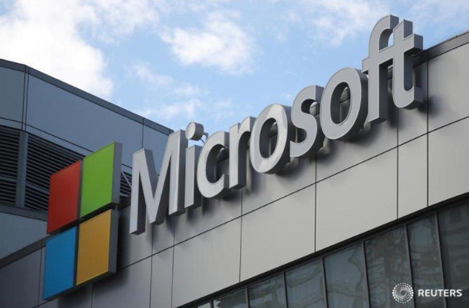 Sanções dos EUA reduzem vendas da Microsoft para centenas de empresas russas