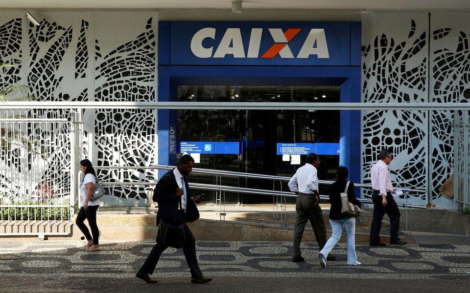 Governo comemora lucro da Caixa, resultado de menos crédito e mais juros