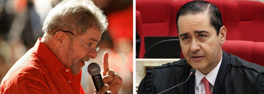 Lula diz que Thompson o vê como cidadão de Canudos