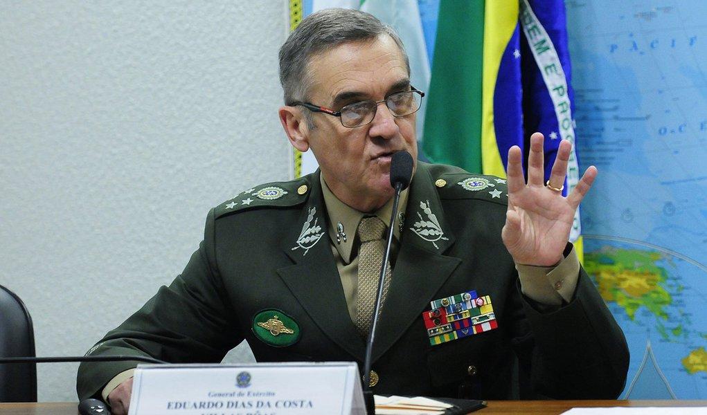 Chefe do Exército diz que pedido de tropas no dia 24 foi inconstitucional