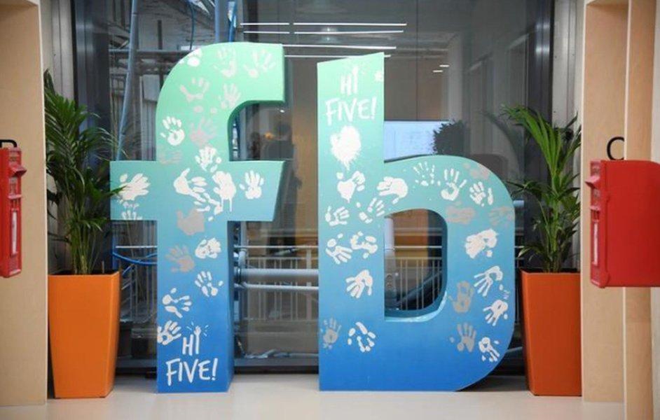 Receita do Facebook salta 47% com impulso da venda de anúncios em dispositivos móveis