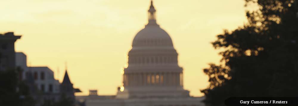 Governo dos EUA é encerrado devido à falta da lei de orçamento