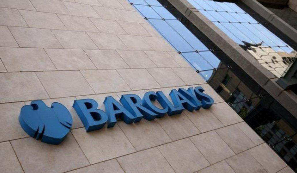 Barclays nos EUA deve aderir à proibição de compra de criptomoedas com cartões de crédito, diz blog