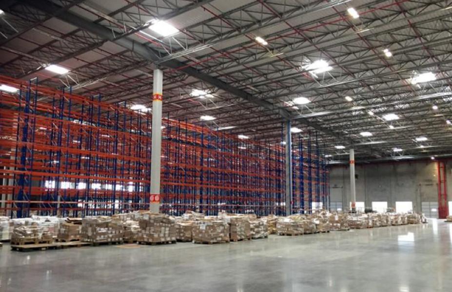 Amazon negocia galpão para ampliar negócios no Brasil e transfere logística para Cajamar, dizem fontes