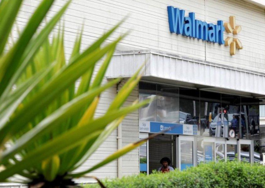 Walmart aposta em computação em nuvem para reduzir distância ante Amazon