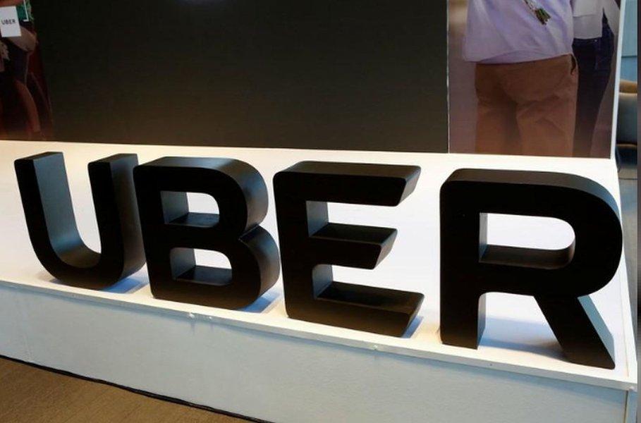 Uber suspende programa de direção autônoma no Arizona