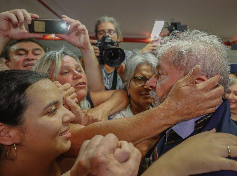 Lula já recebeu mais de 15 mil cartas de apoio
