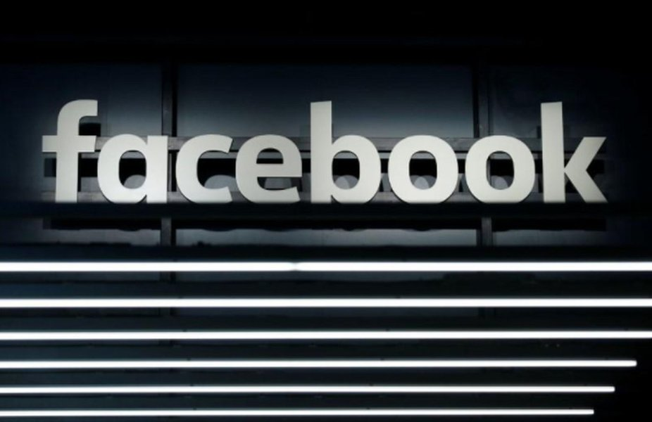 Tribunal irlandês rejeita pedido do Facebook para adiar caso sobre privacidade de dados