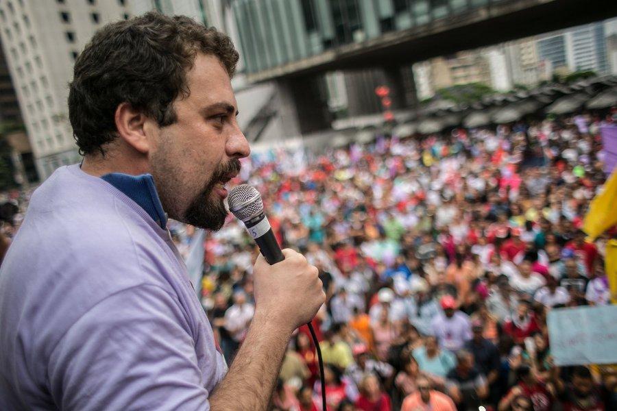 Boulos: 'não assistiremos passivamente à prisão de Lula'