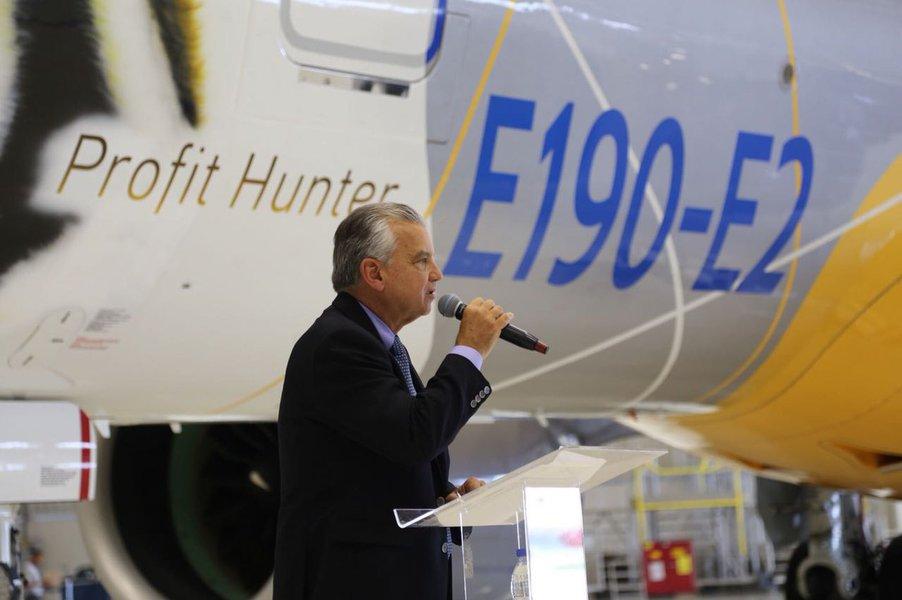 Embraer mantém discussões, mas parceria com a Boeing não é vital, diz presidente