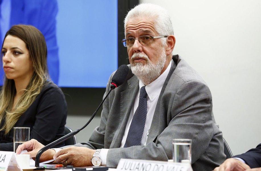 Solla cobra prisão de general que defendeu golpe após HC de Lula