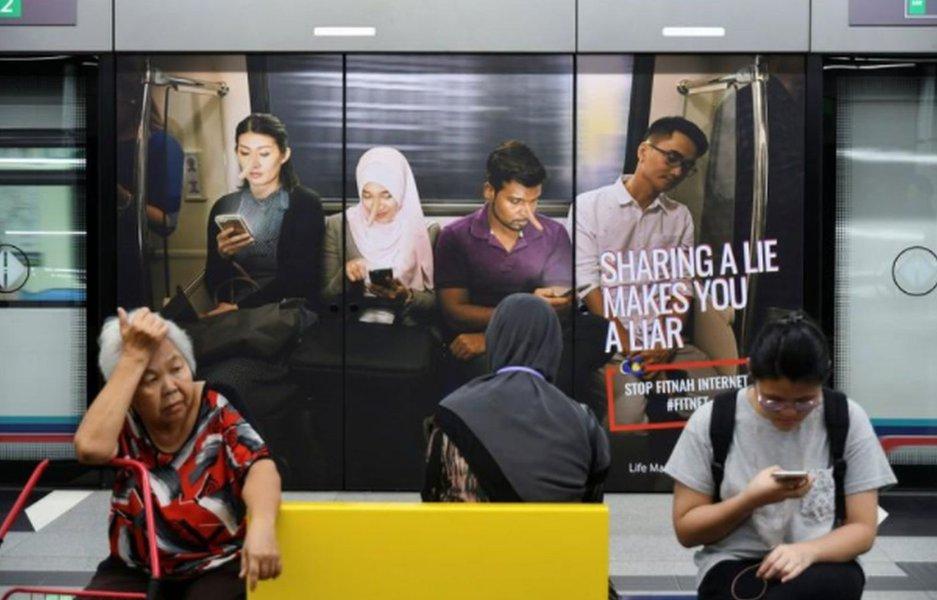 """Malásia proíbe """"fake news"""" e estabelece pena de prisão de até 6 anos"""