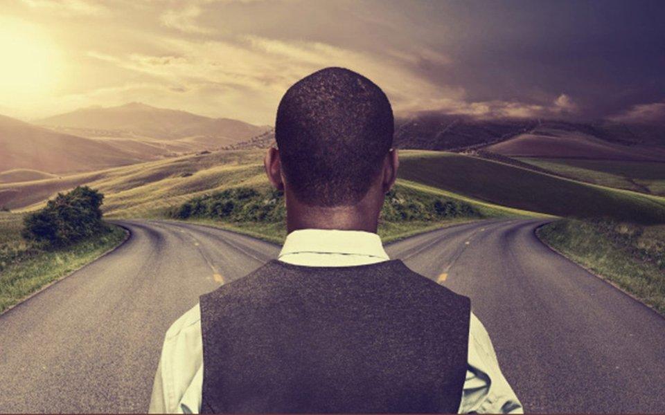 Encruzilhadas da vida. Saber escolher o caminho e encarar as mudanças