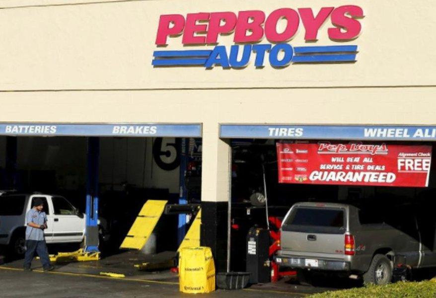Rede de autopeças dos EUA Pep Boys suspende anúncios no Facebook