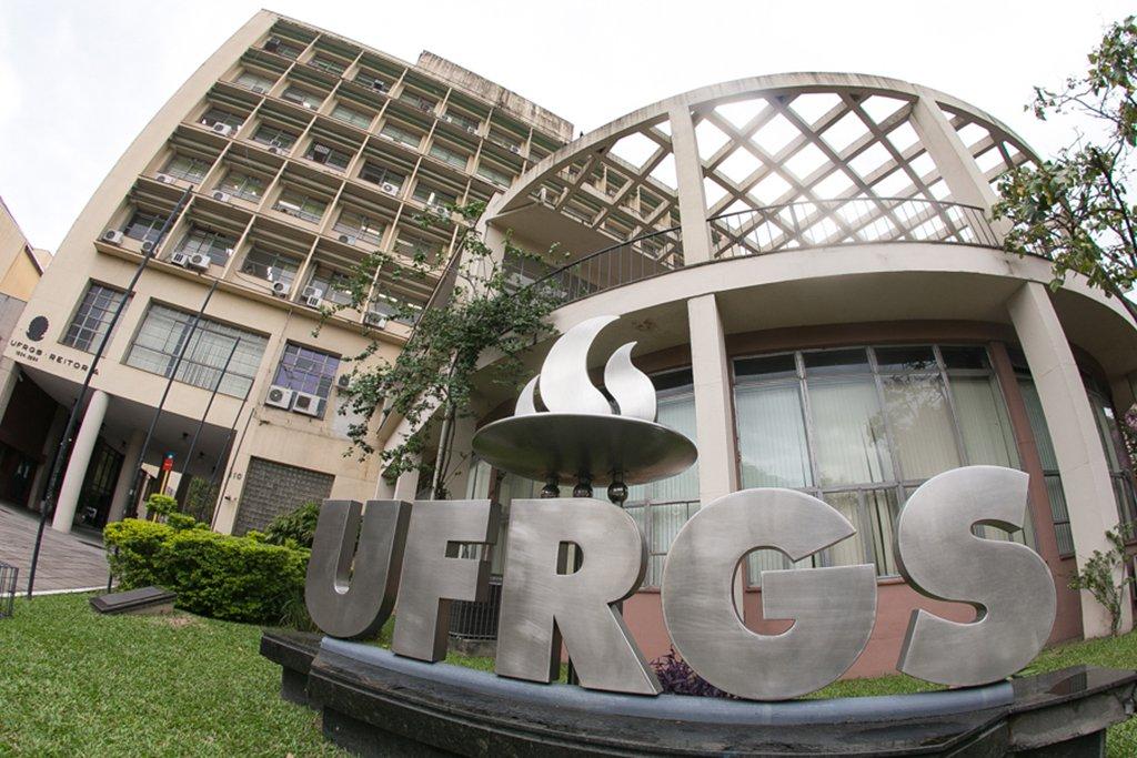 MPF arquiva representação contra curso na UFRGS sobre golpe em 2016