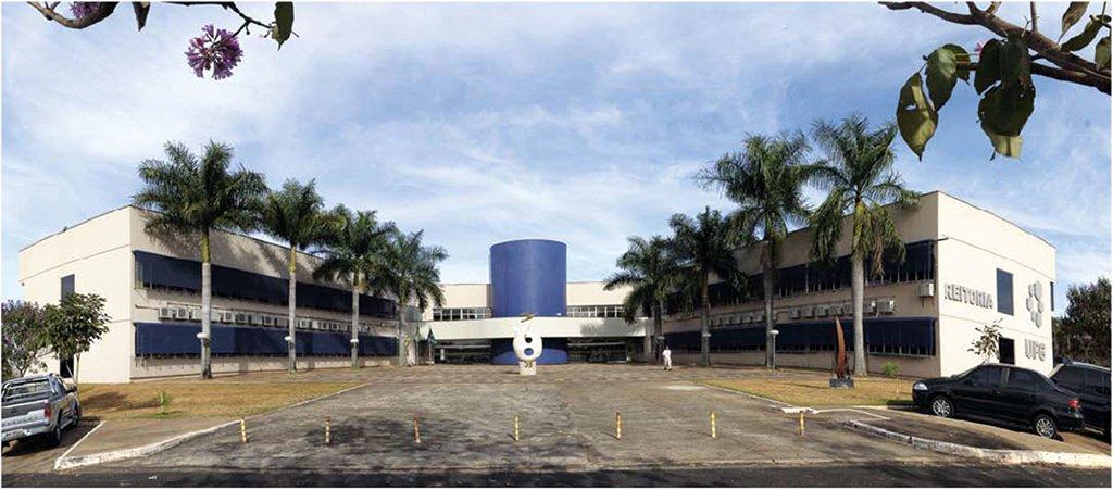 Procuradoria investiga disciplina golpe da Federal de Goiás