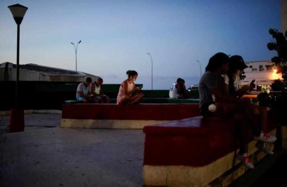 União Europeia pede que cidades ofereçam pontos de wifi gratuitos