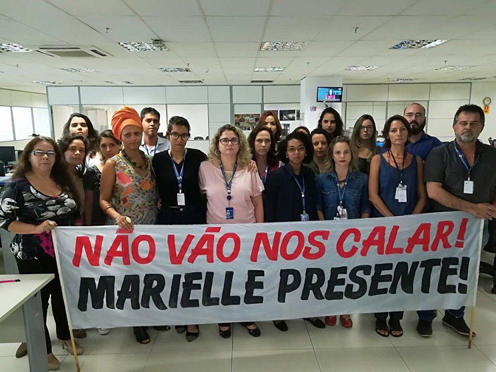 Jornalistas da EBC protestam contra restrição de cobertura do caso Marielle
