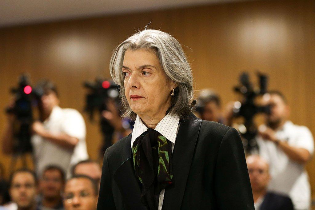 Ministros do STF negam reunião anunciada por Cármen Lúcia sobre prisão em 2ª instância