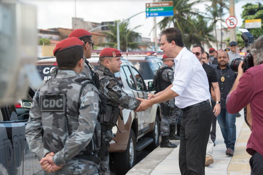Governo entrega 100 novas viaturas para a Polícia Militar