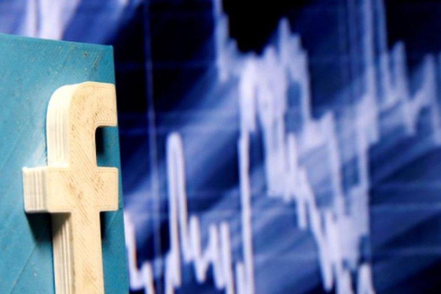 Ações do Facebook caem mais de 6% após reportagens sobre uso indevido de informações de usuários