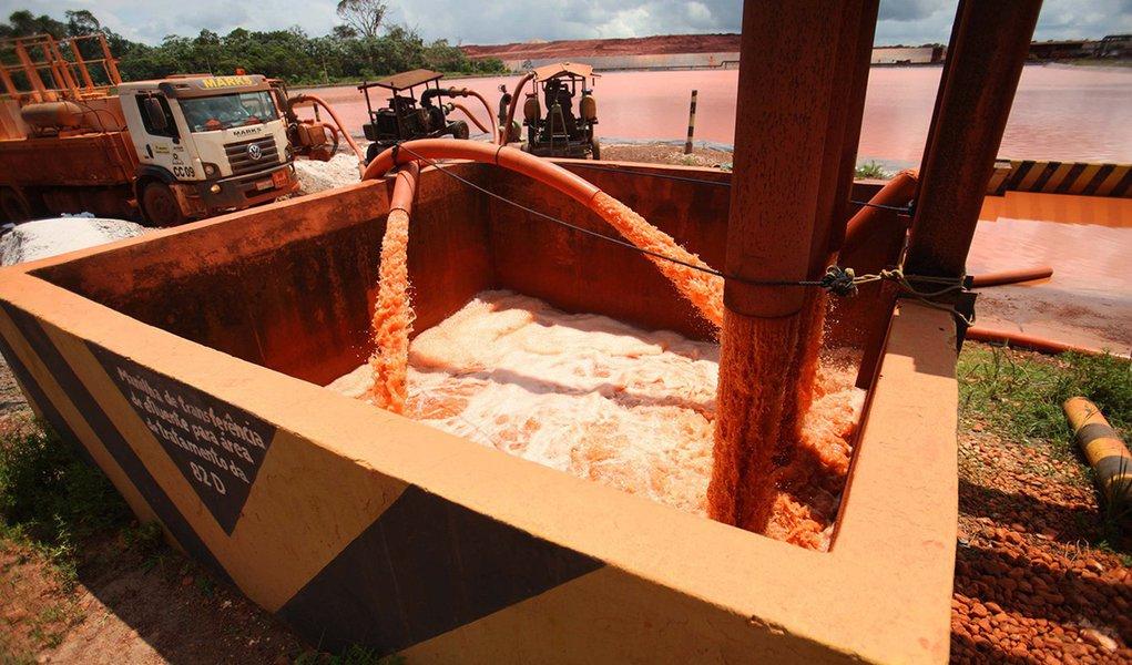 Mineradora norueguesa admite despejo de água não tratada no rio Pará