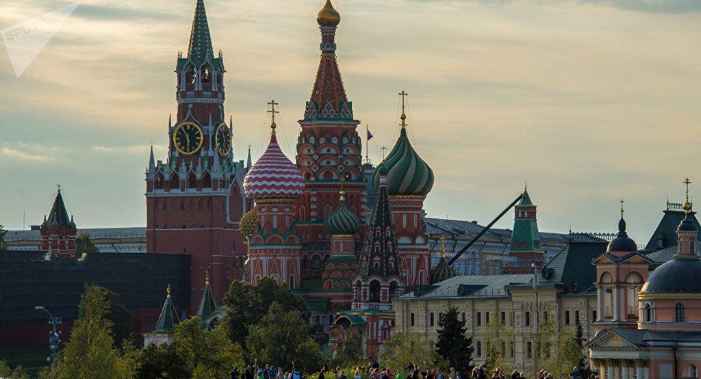 Embaixada russa no Twitter: 'Qual consulado dos EUA devemos fechar?'