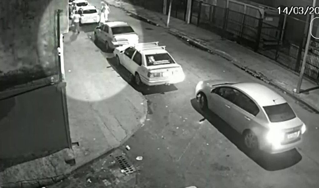 Delegado de Ubá descarta participação de dono de veículo na morte de Marielle